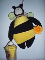 Продано. Интерьерная игрушка Тильда Пчела