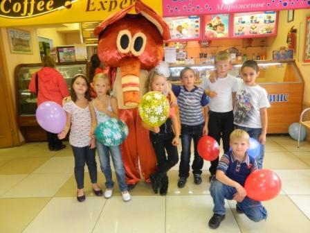 Детский праздник в галлерее заказ аниматоров Школьная улица (поселок Курилово)